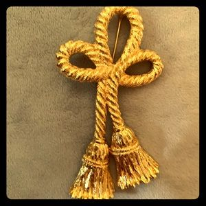 GIVENCHY Gold Rope Tassel Brooch